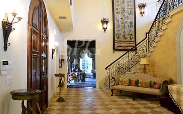 Niki Higgins Sells Palm Beach Estate Home